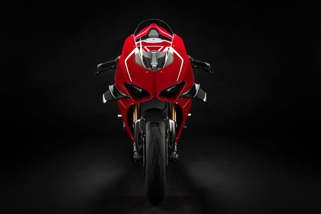 Jualan Ducati di seluruh dunia hanya meningkat 0.34% dengan 53,183 kenderaan dijual, meningkatkan Panigale V4.