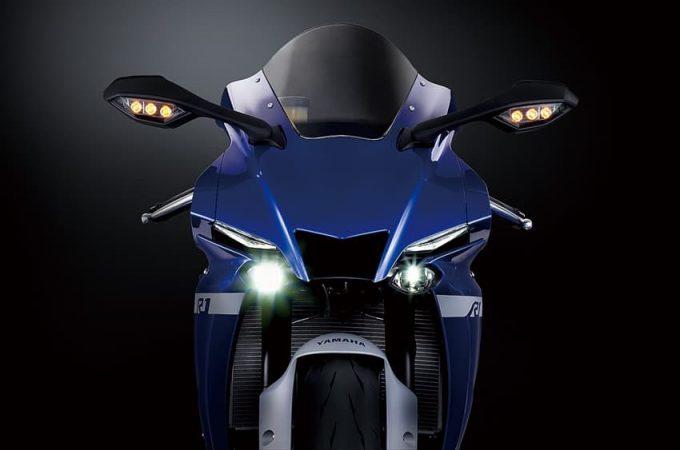 """[Model baru] Yamaha akan melancarkan Super Sport """"YZF-R1M"""" dan """"YZF-R1"""" pada 20 Ogos."""