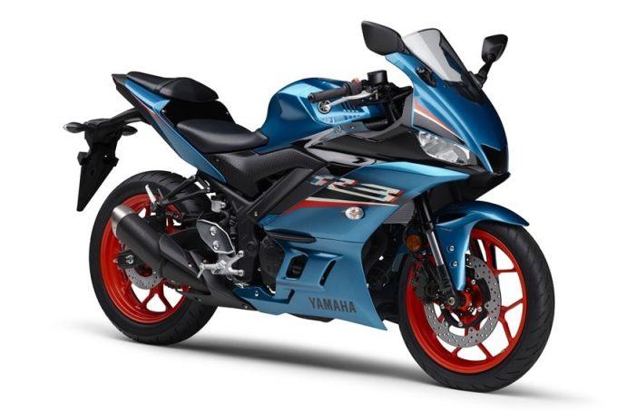 Yamaha mengeluarkan YZF-R25 ABS dan YZF-R3 ABS 2021, ada skrin baru!