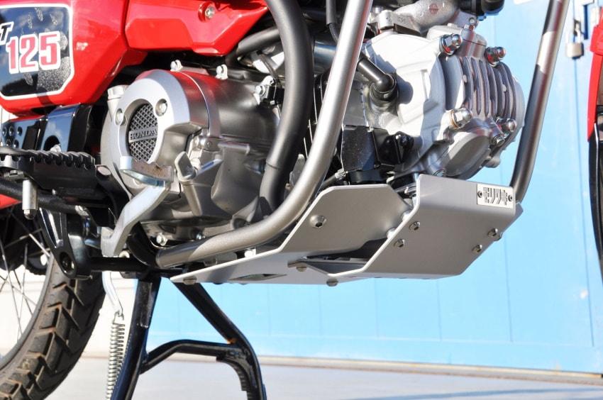 """Produk Baru] Moriwaki melancarkan """"Skid Plate"""" untuk CT125 Hunter Cub pada akhir Februari."""