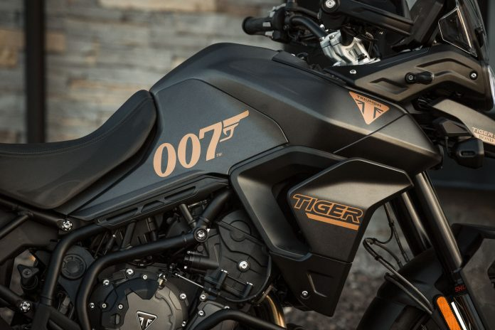 Triumph Tiger 900 Bond Edition 2022 untuk filem James Bond No Time To Die