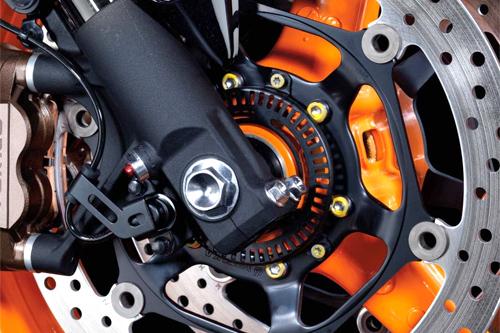 Bilakah penunggang motosikal harus mematikan sistem brek ABS dan mengaktifkan ABS?